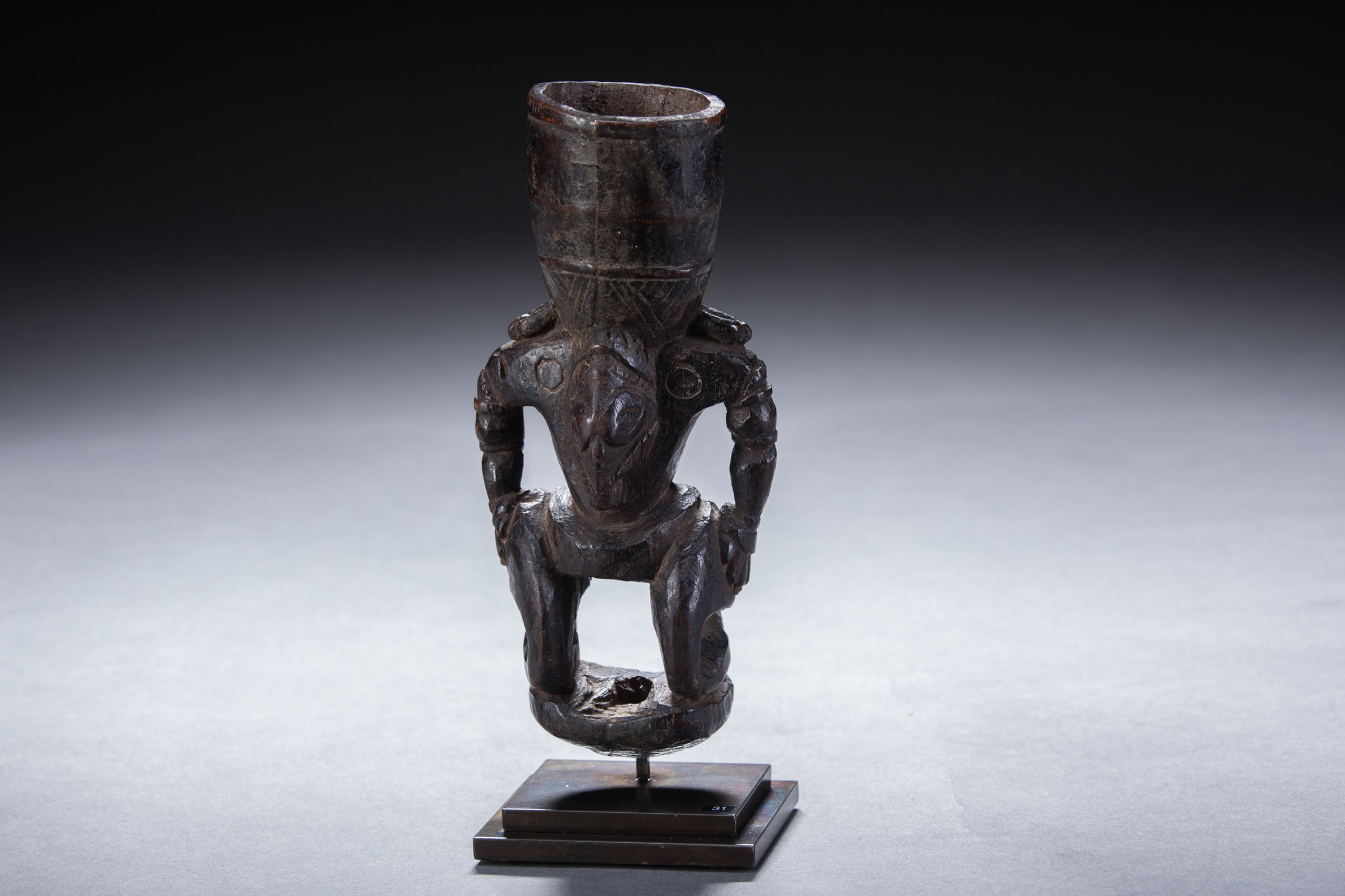 Papua New Guinea art objects and artifacts | Betel mortars