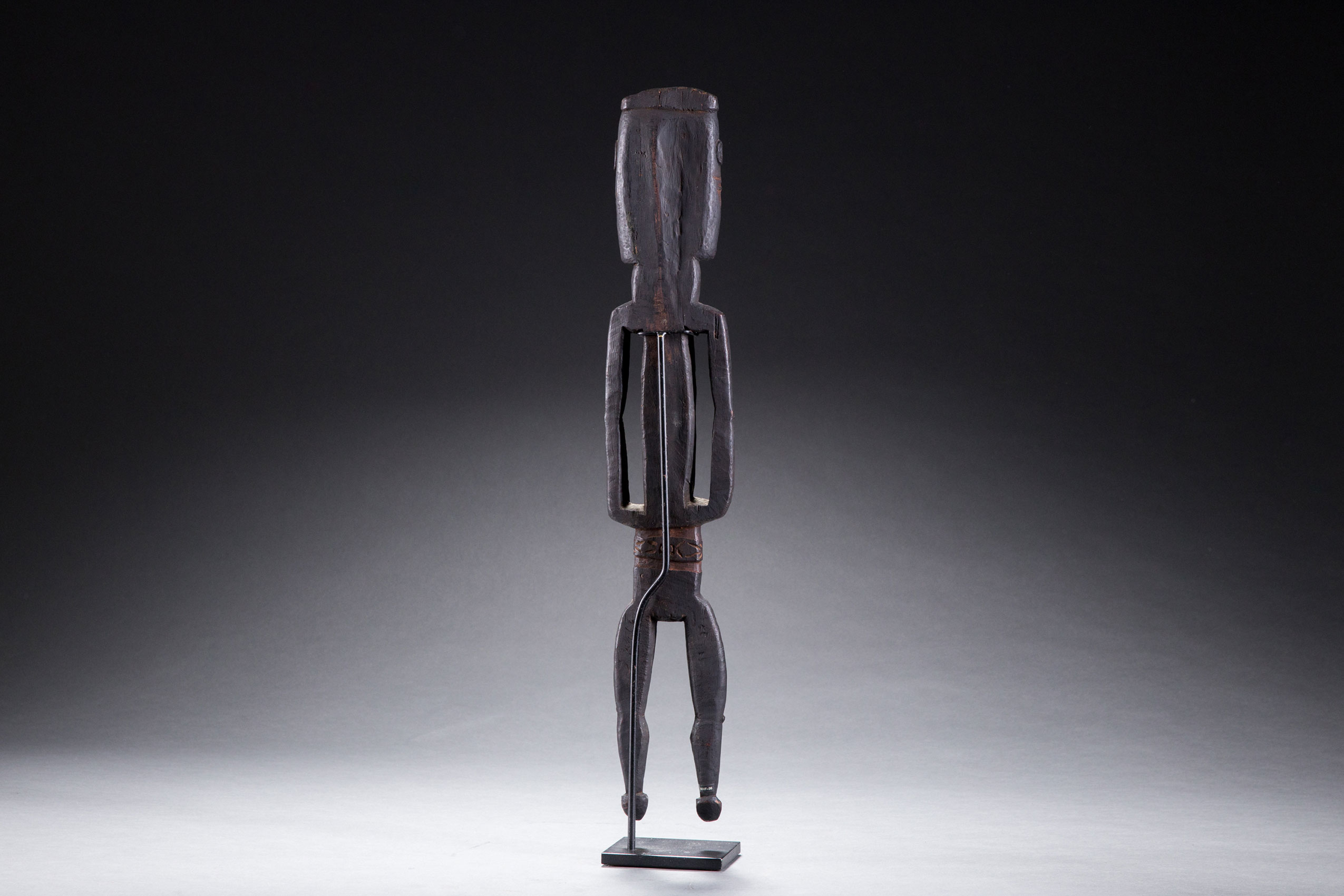 South Pacific art objects and artifacts | Turama or Bamu River figure