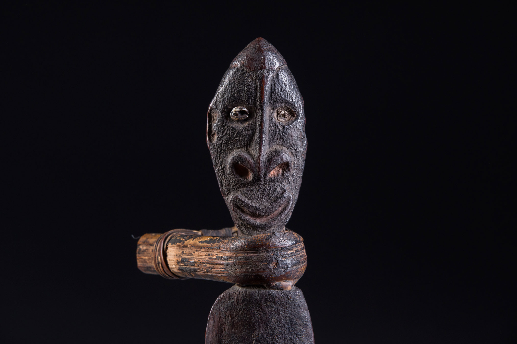 Papua New Guinea art objects and artifacts | Middle Sepik River neckrest